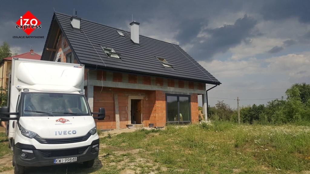 Tomaszkowice – izolacja dachu pianką