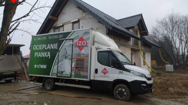 Kraków – ocieplenie pianą poliuretanową